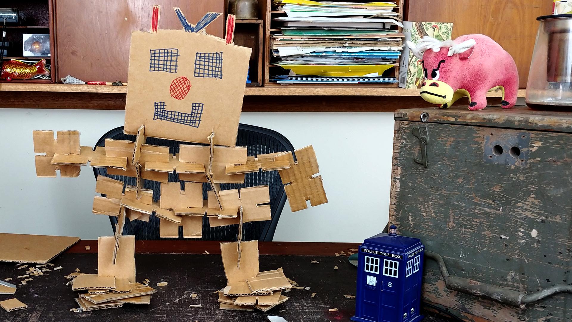 Free cardboard contruction kit robot